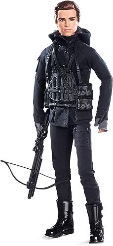 Envío y cambio gratis. Barbie Collector Collector Collector The Hunger Games  Mockingjay Part 2 Gale Doll  hasta un 70% de descuento