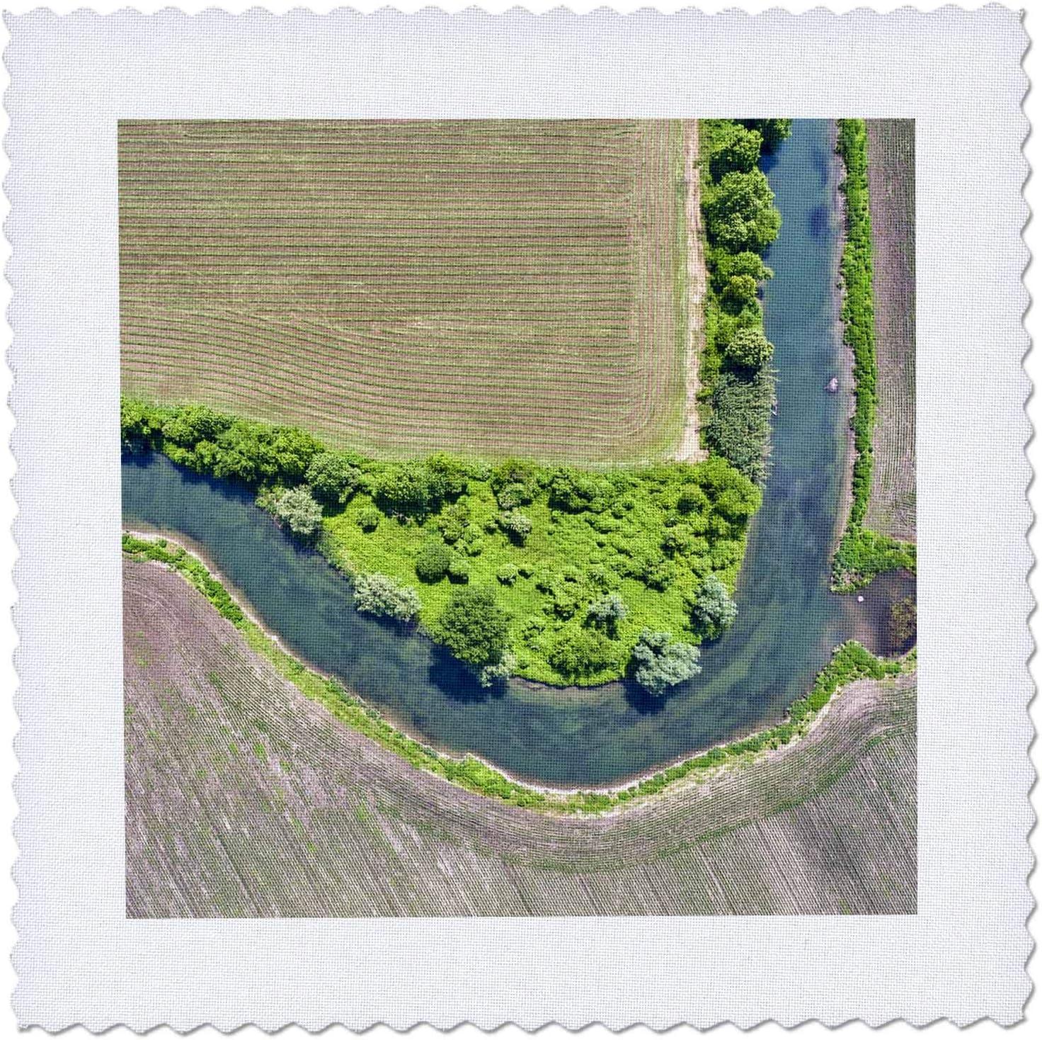 3dRose Fashionable Italy Mantua river Mincio fields Natural Park and Mesa Mall Minc