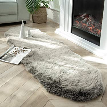 Ashler Soft Fox Faux Fur Chair Couch Cover Area Rug for Bedroom Floor Sofa Living Room Green White 2 x 6 Feet