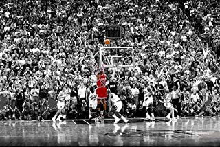 Poster Michael Jordan Chicago Bulls Last Shot 1998 (Basketball) Sports Print (24in x 36in)