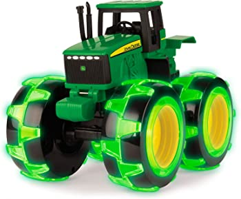 Ertl John Deere Tractor with Lightning Wheels