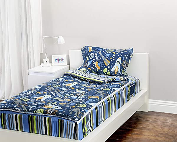 ZIPIT Bedding Set Outer Space Twin