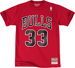 Mitchell & Ness Scottie Pippen Chicago Bulls #33 NBA Men's Name & Number T-Shirt