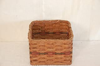 Amish Rustic Country Home Decor Napkin Basket. Amish Handmade Basket Designed to Hold Napkins. Perfect for Family Cookouts, Potlucks, and Church Socials. Makes a Beautiful Setting on the Table Especially When Combined with the Paper Plate Basket. Measures 6.5