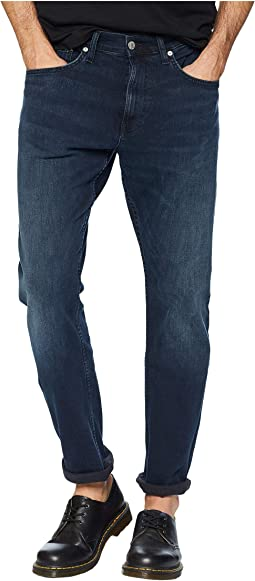 Athletic Taper Fit Jeans in Boston Blue/Black