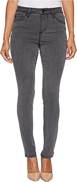 Petite Gwen Hi-Rise Skinny in Lush Sateen in Washed Black