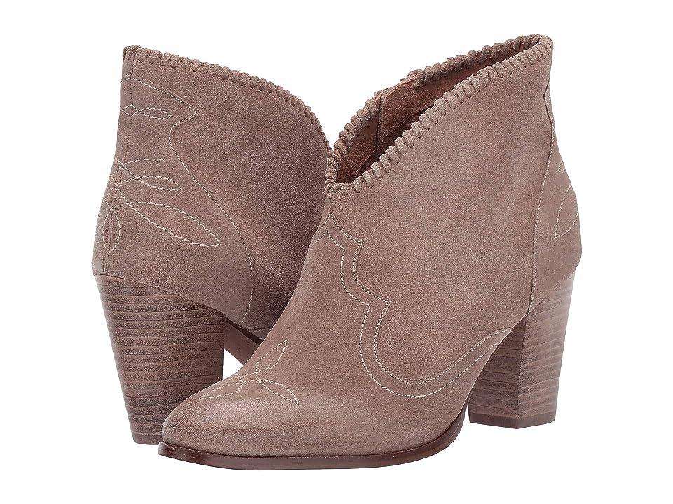 Ariat Unbridled Eva (Sand) Cowboy Boots
