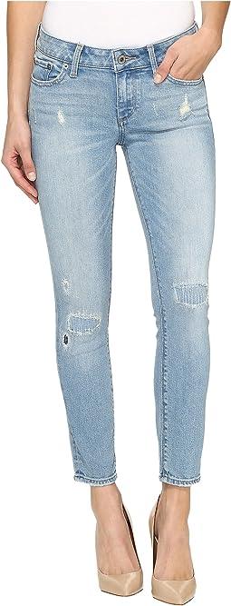 Lolita Capri Jeans in Ideal