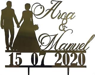 tarta de boda, personalizado con el nombre de los novios y la fecha. Hay varios modelos a elegir para hacer su tarta única.