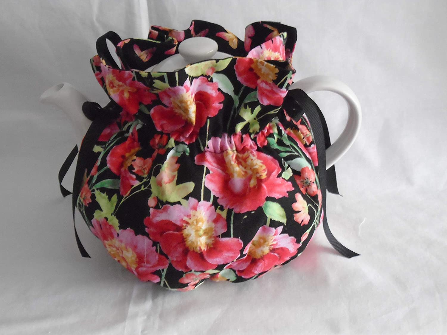 Pretty Max 61% OFF Floral on Black Print Cup discount Butterflies Reversible 6 Tea