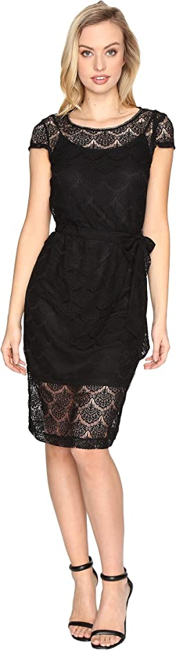 Jessica Simpson Scalloped Lace Dress