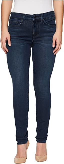 Petite Alina Legging Jeans in Smart Embrace Denim in Morgan