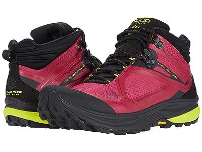 Topo Athletic Trailventure (Raspberry/Black) Women