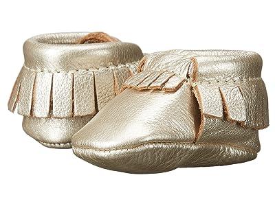 Freshly Picked Newborn Moccasins (Infant) (Petite Platinum) Girls Shoes