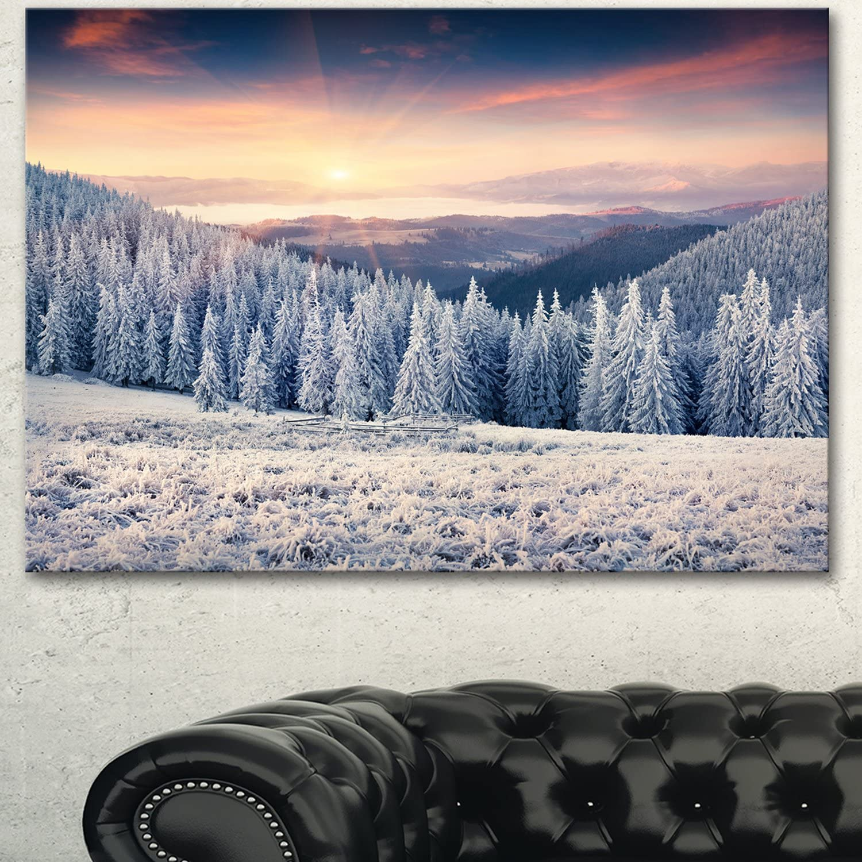 Designart PT14285-20-12 Carpathian Mountains in Winter Art Canvas Print, 20x12, White