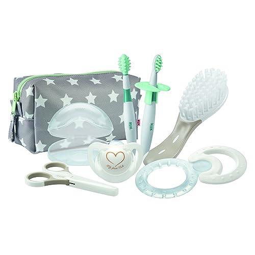 NUK Trousse de Soin Bébé avec Sucette (et étui), Brosse à cheveux, Brosse à dents Bébé (x2), Anneau de Dentition et Ciseaux, 7 Accessoires Inclus