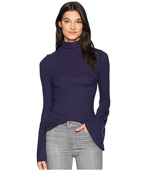 Kenzie Fluted-Cuff Turtleneck Jumper in Rich Navy