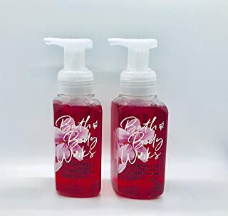 Bath & Body Works, Gentle Foaming Hand Soap. Japanese Cherry Blossom (2-Pack)