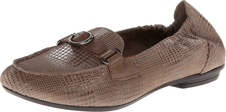 Earth Women's Scout Slip-On Loafer