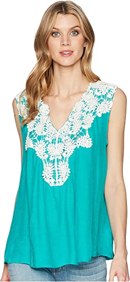 Sleeveless Swing Applique Top