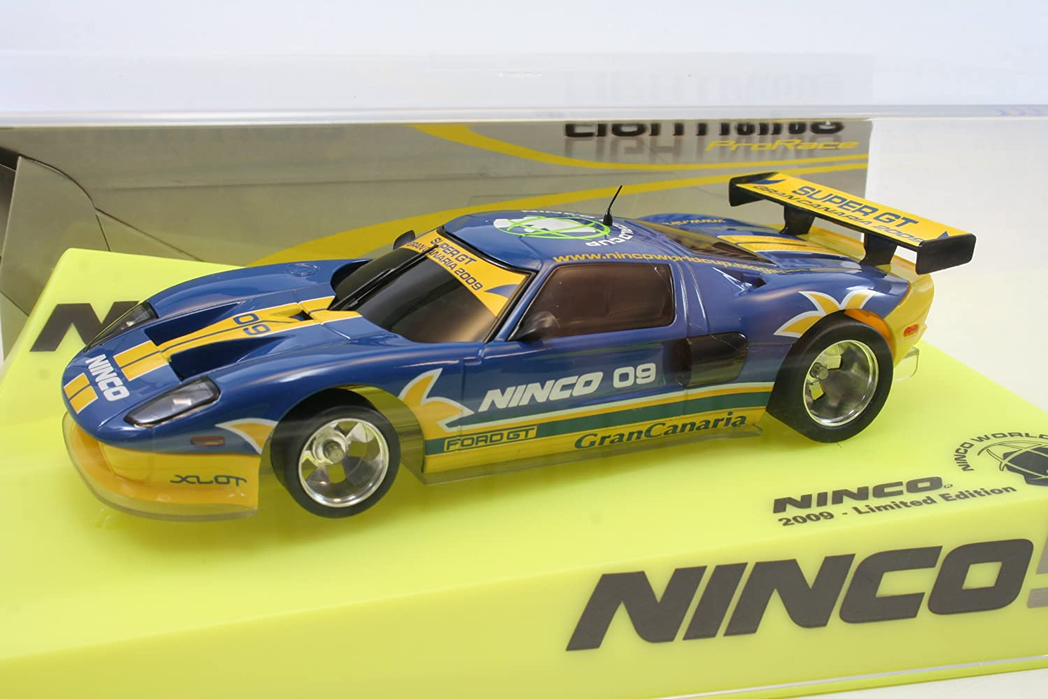 Ninco 50544 Ford GT  Worldcup 2009  Lightning Slotcar 1 32