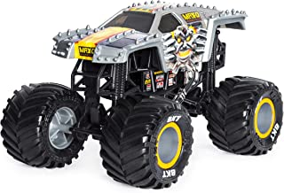 Monster Jam Official Max D Monster Truck, Die-Cast Vehicle 1:24 Scale