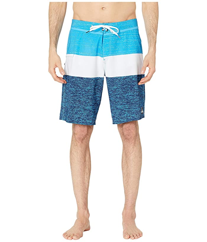 Quiksilver 20 Everyday Blocked Vee 2.0 Boardshorts Swim Trunks (Malibu Blue) Men