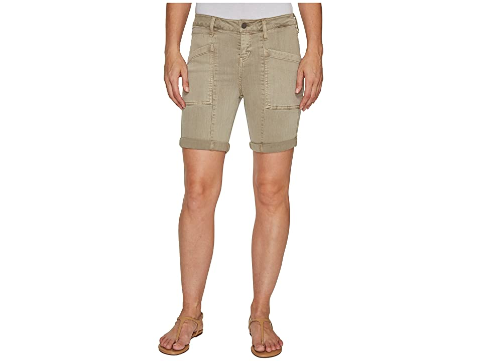 Liverpool Kylie Cargo Shorts with Flat Patch Pockets on Pigment Dyed Slub Stretch Twill in Pure Cashmere (Pure Cashmere) Women's Shorts