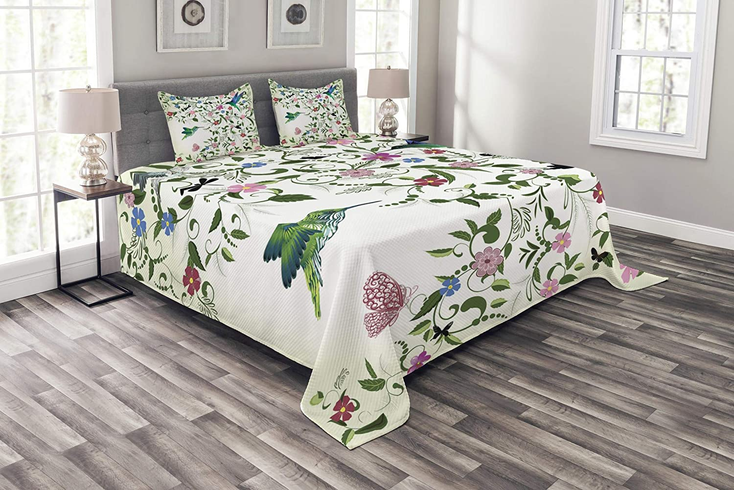 Lunarable Hummingbird Bedspread Set King Size, Swirled Leaves with Blossoming Flowers Abstract Coming of The Spring Theme, Decorative Quilted 3 Piece Coverlet Set with 2 Pillow Shams, Multicolor