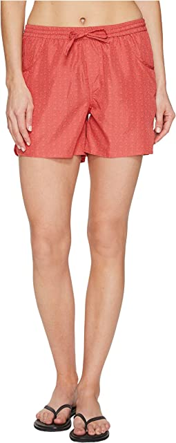 Hailey Short Classic Fit