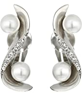 Oscar de la Renta - Pave Wave Pearl Crawler C Earrings