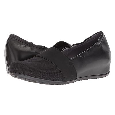 SoftWalk Wonder (Black Linen/Leather) Women