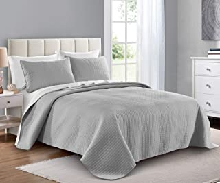 PURE BEDDING Quilt Set Full/Queen Size Light Grey - Oversized Bedspread - Soft Microfiber Lightweight Coverlet for All Season - 3 Piece Includes 1 Quilt and 2 Shams, Square Pattern