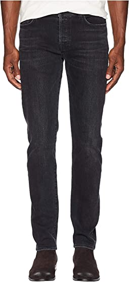 76 Slim Jeans