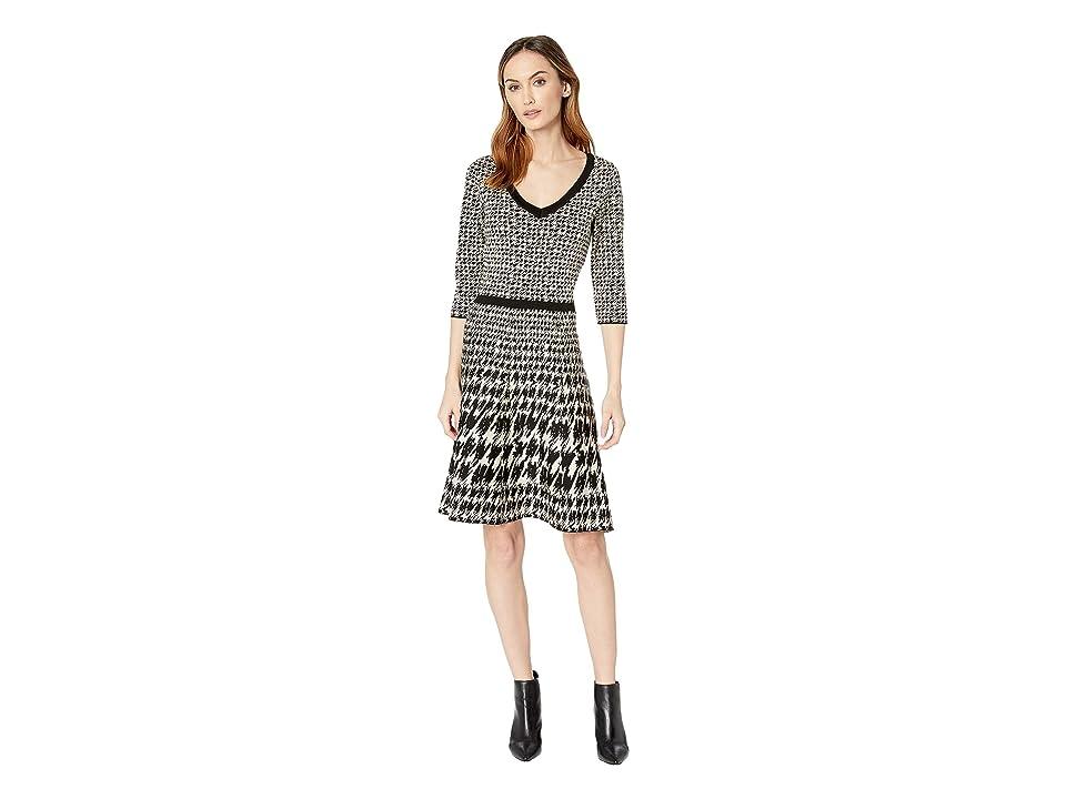 Taylor Houndstooth Print V-Neck Sweater Dress (Black/Champagne) Women