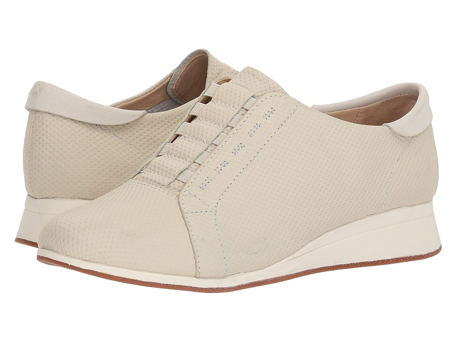 Hush Puppies Evaro Slip-On OxfordCheap and distinctive eye-catching shoes