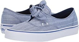 (Lace Chambray) True Blue/True White