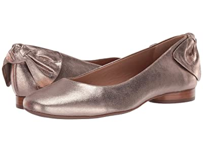 Bernardo Eloise (Platinum Distressed Leather) Women