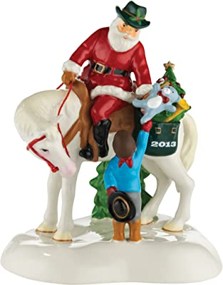 Department 56 Snow Village Santa Comes to Town 2013 Accessory Figurine, 5.12 inch