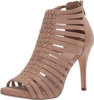 أحذية للنساء من Fergie مطبوع عليها Tinker Biscuit مقاس 8 M
