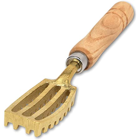 Kwizing Made in Japan [Extra Large] Fish Scaler Brush with Brass Serrated Sawtooth and Ergonomic Wooden Handle - Easily Remove Fish Scales Without Fuss Or Mess - Handcrafted by Japanese Artisans