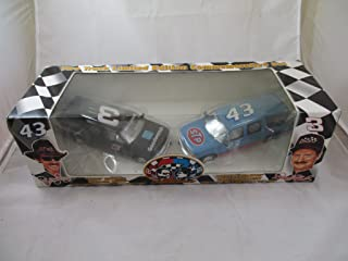 Time Champions Dale Earnhardt Richard Petty Two Truck 1:25 Scale Die Cast Set