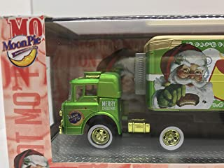 M2 Machines Chase Car for Collectors Auto-Haulers Moonpie 1960 Ford C-600 & 1949 Studebaker 2R Truck Inside R13 14-21 Gold/Gold Details Like NO Other! Over 42 Parts, 1 of 300 Worldwide