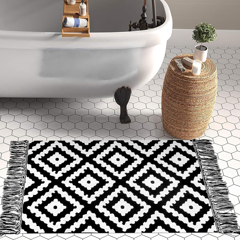 Upgraded Boho Bathroom Rug 20'x20', 20 Woven Boho Rug for Bedroom Black and  White Diamond Rug Bath Mat, Kitchen Rug Washable Cotton Small Throw Rug, ...