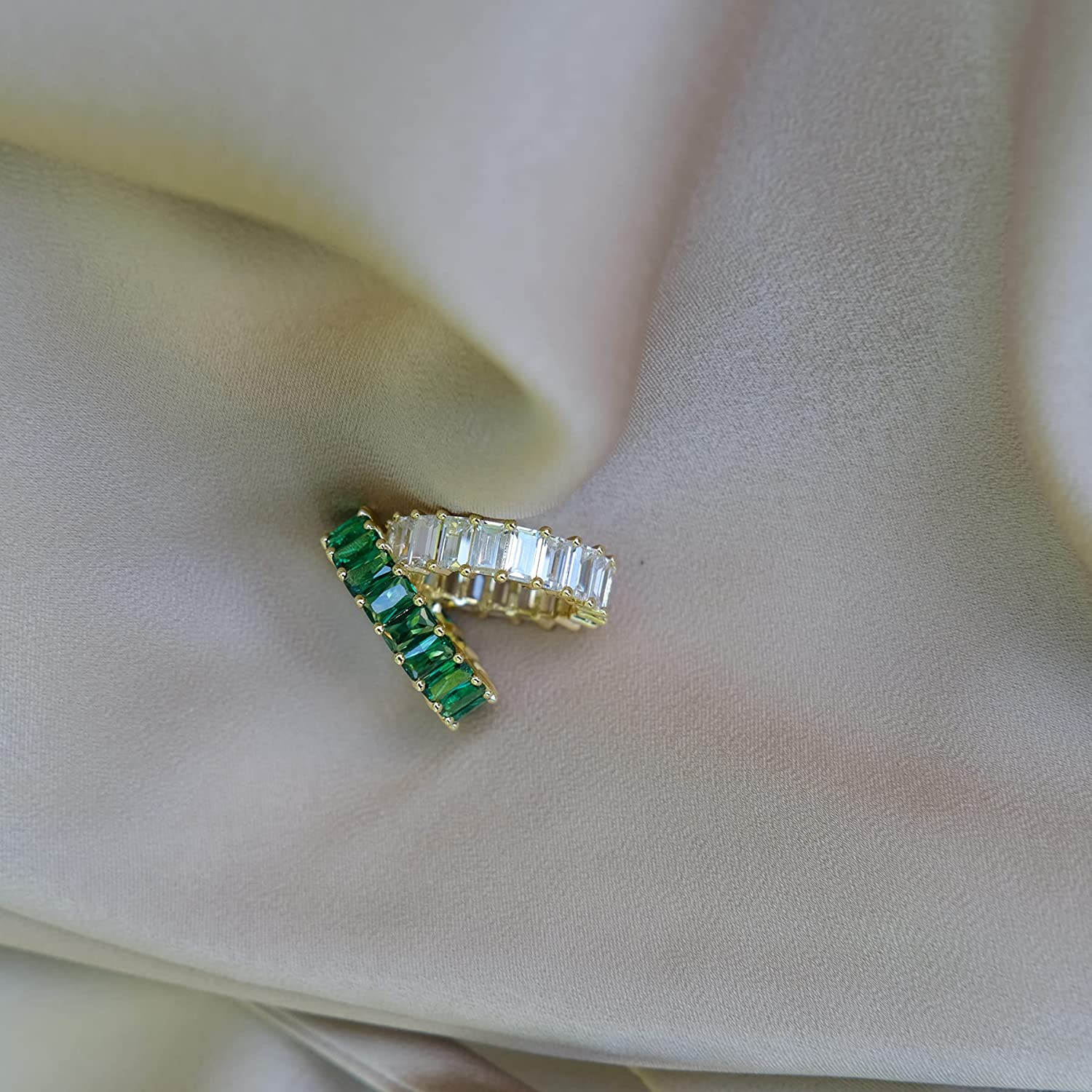 Emerald CZ Baguette Eternity Band | 18K Gold Plated Stacking Baguette Wedding Ring Size 7