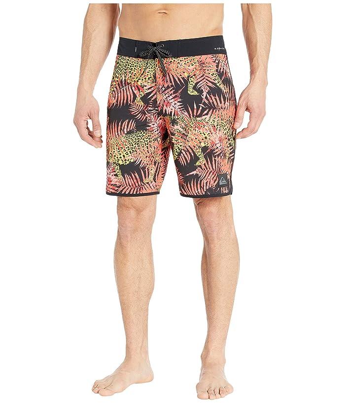 Quiksilver  Highline Camocat 19 Boardshorts (Fiery Coral) Mens Swimwear