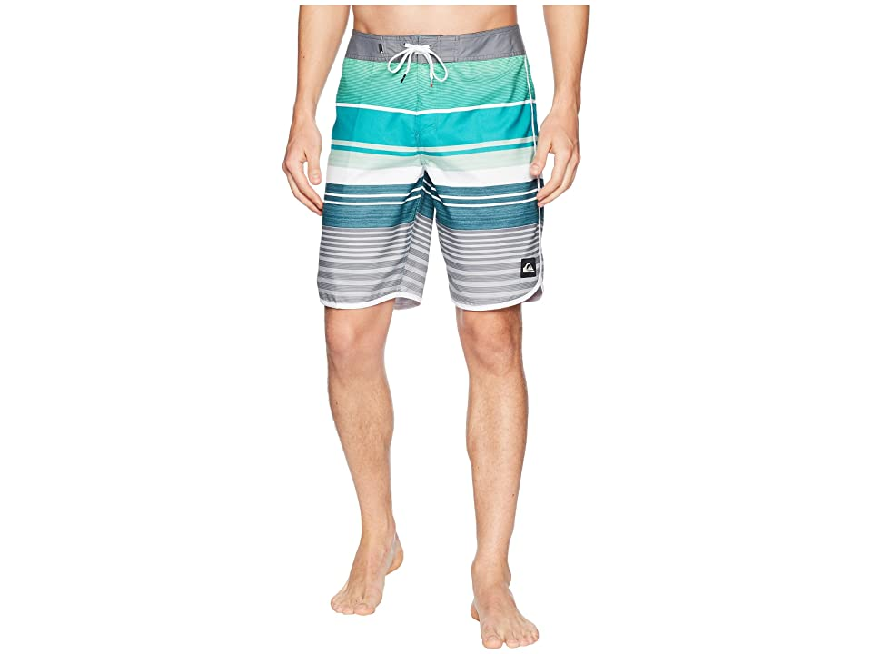 Quiksilver Eye Scallop 20 Boardshorts (Atlantic Deep) Men