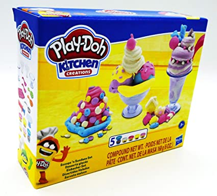 Amazon Com Play Doh Kitchen Creations Ice Cream Scoops N Sundaes Set Toys Games