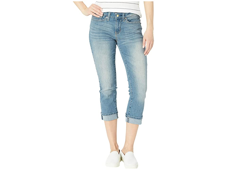Signature by Levi Strauss & Co. Gold Label Mid-Rise Capri Jeans (Oasis Sig Gold) Women