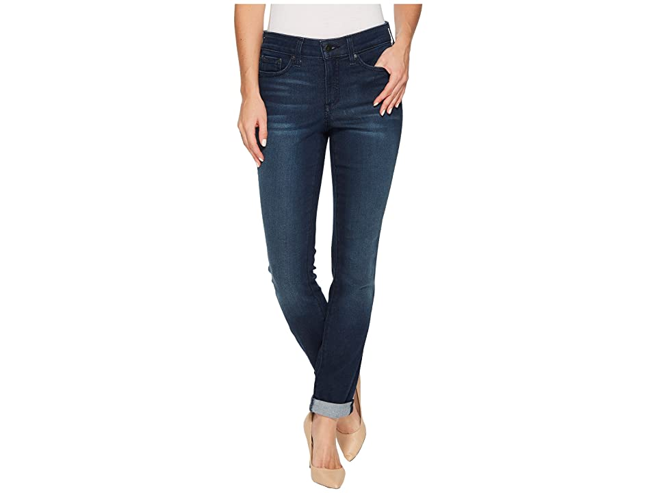 NYDJ Girlfriend Jeans in Smart Embrace Denim in Morgan (Morgan) Women's Jeans